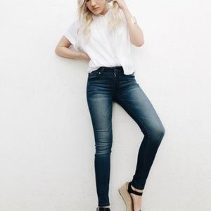 CJLA Harrison Jeans Dark Wash Denim Preppy Stretch